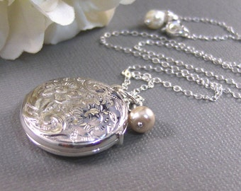 Amanda,Locket,Silver Locket,Sterling Silver Locket,Sterling Silver,Pearl Locket,Wedding Jewelry. Handmade jewelry by valleygirldesigns.