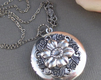 Antique Poppy, Locket,Silver Locket,Antique Locket,Flower Locket.,Poppy, Flower. Handmade Jewelry by ValleyGirlDesigns.