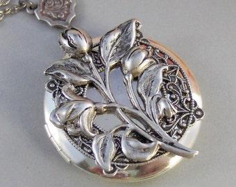 Antique Tulips, Locket,Silver Locket,Antique Locket,Flower Locket.,Tulip, Flower. Handmade Jewelry by ValleyGirlDesigns.