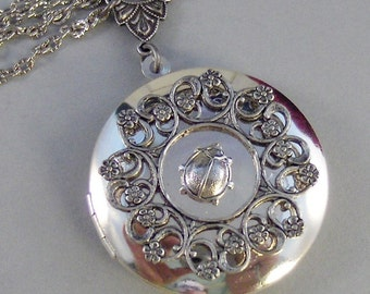 Ladybug,Silver Locket,Locket, Antique Locket,Ladybug,bug,Victorian Locket,Spring. Handmade jewelry by valleygirldesigns.