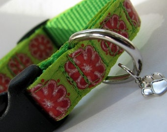 SMALL Summer Flowers Dog Collar