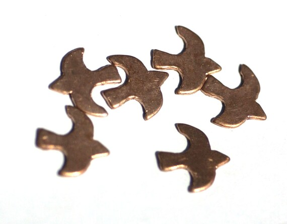 Copper Bird Flying Sparrow 14mm x 14mm for Blanks Enameling Stamping Texturing