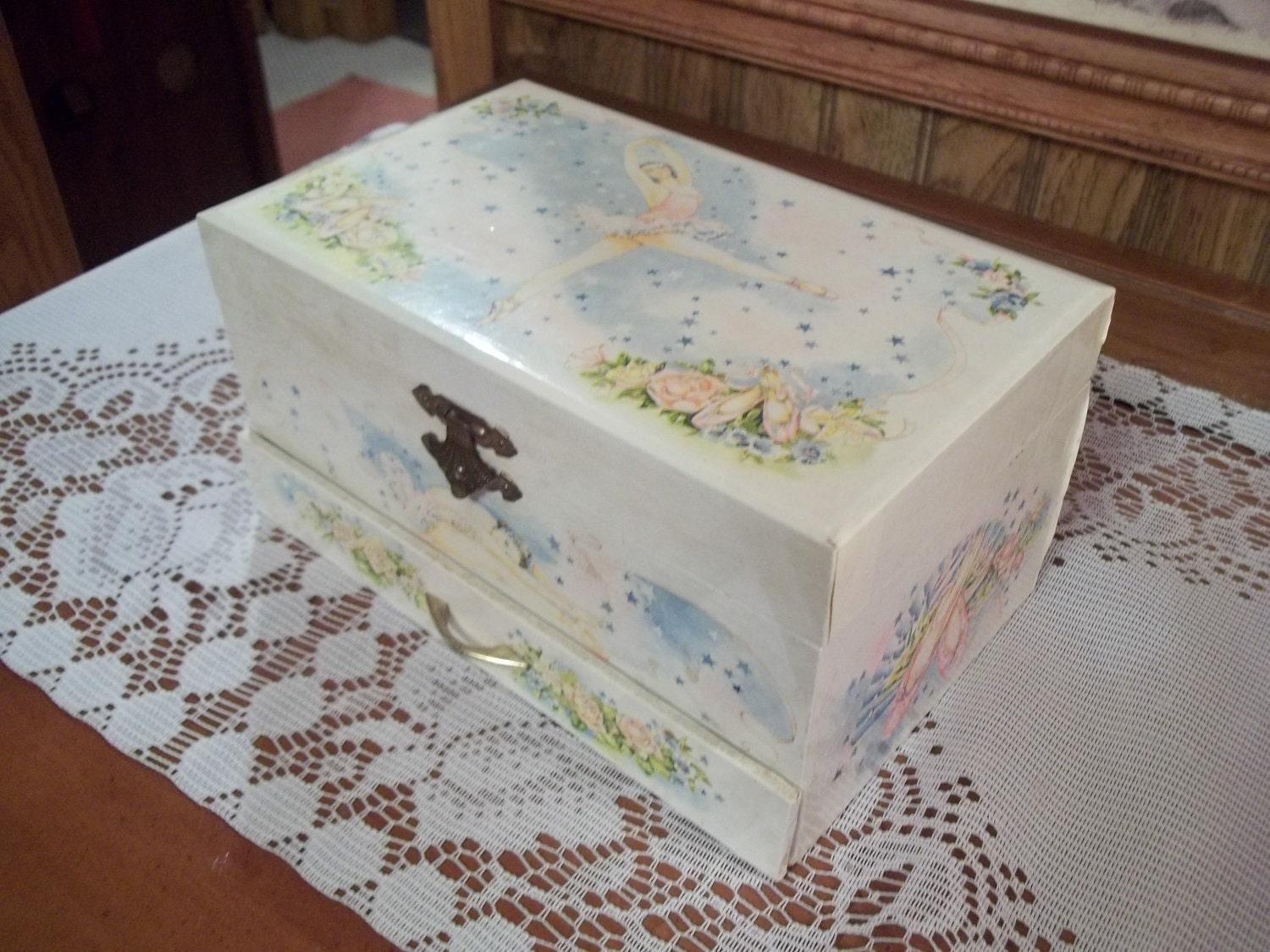 1970's Little Girls Musical Jewelry Box by TeresasTreasuresEtc