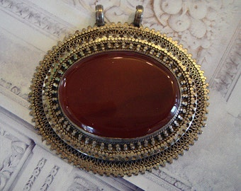 vintage 1950's filigree  sterling silver pendant with carnelian  stone