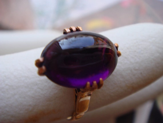 Hold for shopillustrative  Vintage 1950 TO 1960 fine jewelry in solid 18K gold oval shape amethyst ring