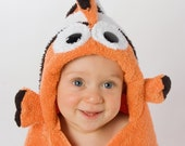 PERSONALIZED Clownfish Hooded Towel