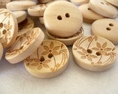 WB10075 - 15mm Flower Crafted Wood Buttons, Wooden Buttons (6 in 1 set)