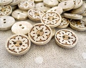 CB10070 - 13mm Floral Design Crafted Coconut Button, 13mm Floral Design Crafted Coconut Buttons (6 in 1 set)