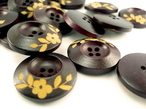 Unique Flower Crafted, Wood Buttons, Wooden Buttons, WB10135 (6 in 1 set)