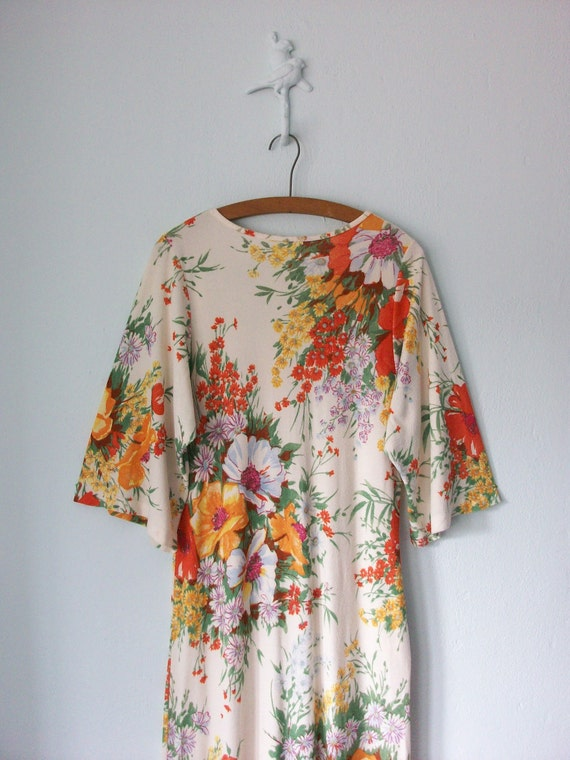 Floral Caftan Dress ... 1970's Long Tunic Maxi ... Medium / Large