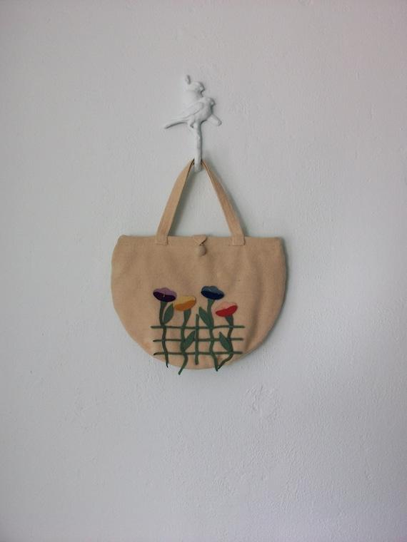 Floral Applique Purse ... Cream Wool Pansy Flower Handbag