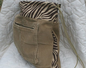 Backpack Recycled corduroy cargo bag with zebra trim