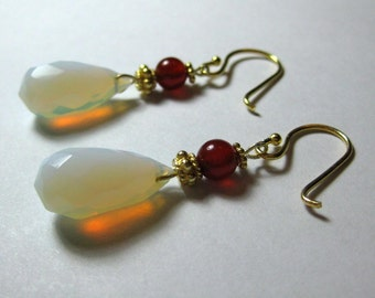 Pearly Dew Drops - Opalite, Carnilian and Vermiel Gold