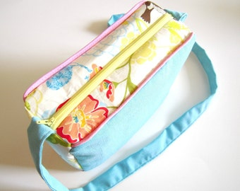 Blue Linen and Floral Box Bag