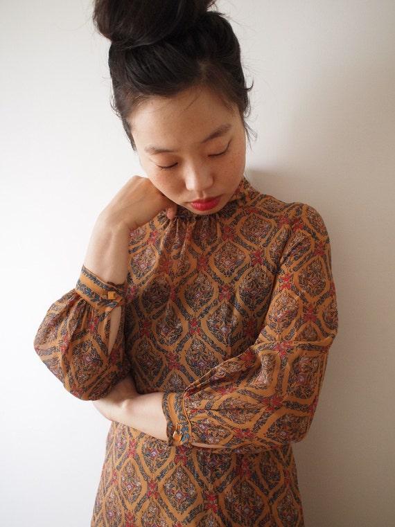 Vintage light ochre dress, arabesque pattern, xs - small, Japanese