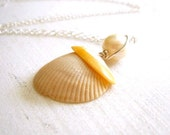 cream white rust natural shell freshwater pearl on sterling silver - reef necklace