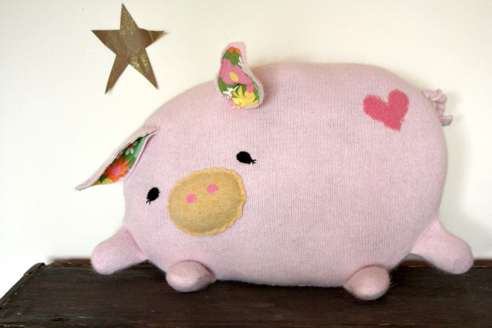 Animal Reading Pillows : handmade pig stuffed animal/ pig pillow/ eco friendly