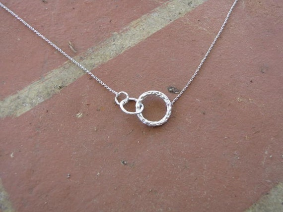 textured white gold three circle necklace