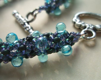 Blueberry Glass Drops Bracelet