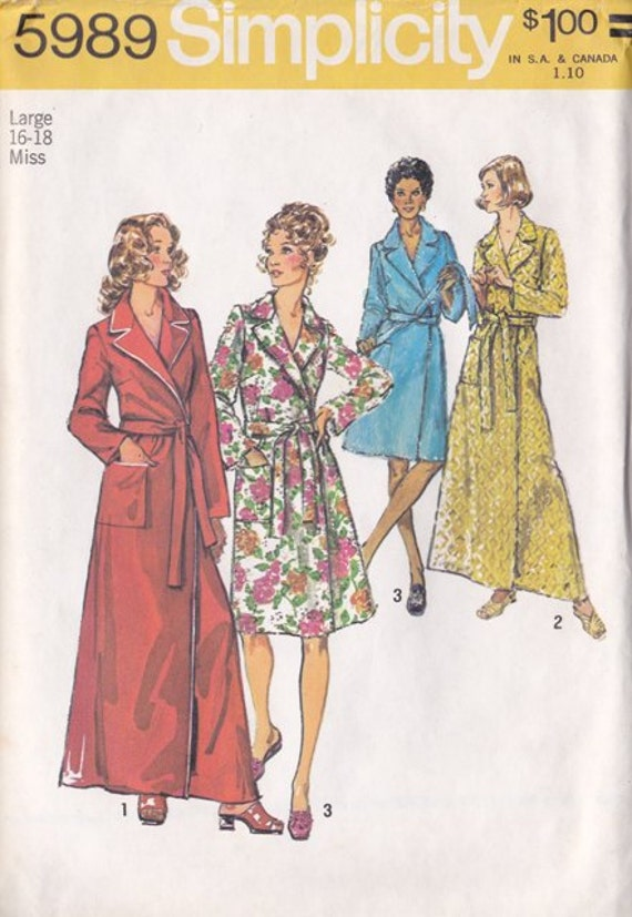 Misses Robe Pattern, Simplicity Pattern Number 5989 Size Large 16 -18,  Vintage 1970s Long or Short Length - Cut but Complete