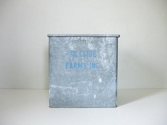 vintage insulated milk box. Black Bedroom Furniture Sets. Home Design Ideas