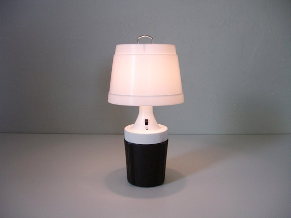 Vintage portable table lamp for 6 volt table lamp