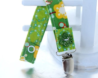 Pacifier Clip with Snaps Double Sided - green and yellow flowers and bugs/green flowers