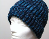 Knit Hat inTeal\/Navy