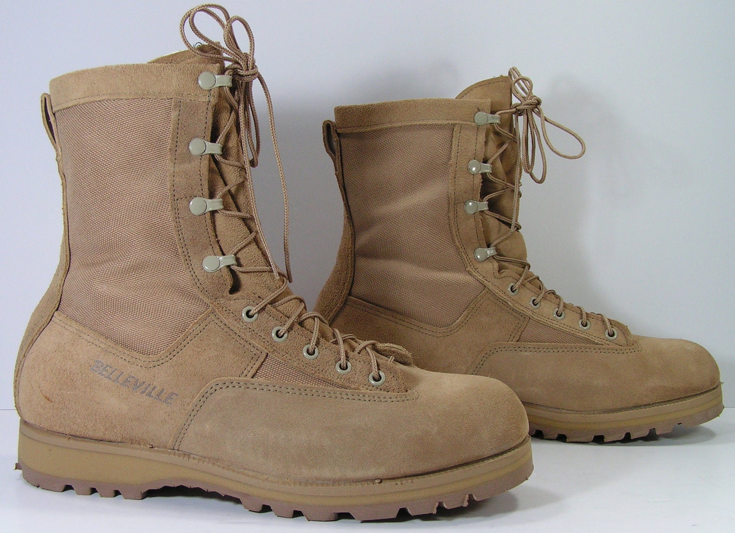 belleville men Belleville military boots have been in production since 1904, when belleville shoe commenced operations across the river from st louis, missouri.