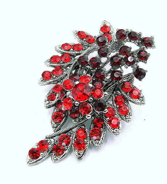 Vintage Ruby Red and Cranberry Rhinestone Brooch