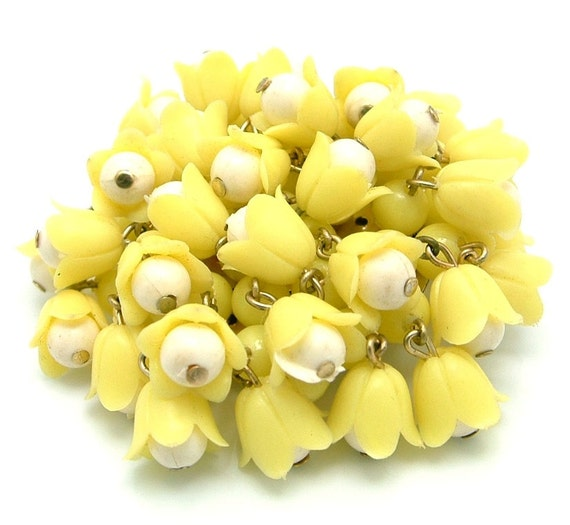 Vintage Brooch Tiny Yellow Tulips Signed Hong Kong