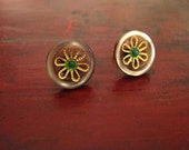 Flower studs - Vintage buttons post earrings 16K gold plated