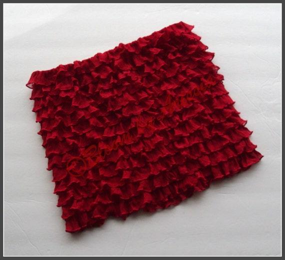 Red pettitop/ruffled tube top