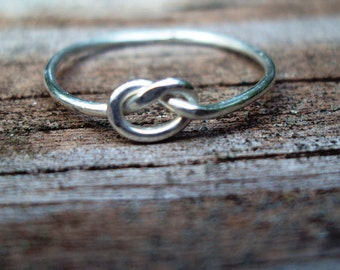 Silver love knot rings, bridal party gifts, wedding gifts, promise rings, 16G, argentium sterling silver, celtic knot ring, single knot ring