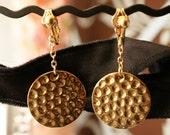 Gold geometric circle dot earrings