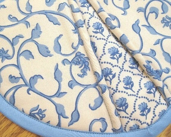 Blue and Off-White Delft Potholders - Set of 2