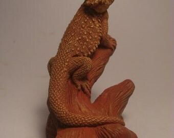 Bearded Dragon sculpture small (terra cotta finish)