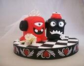 Monster-Alien Love Cake Topper