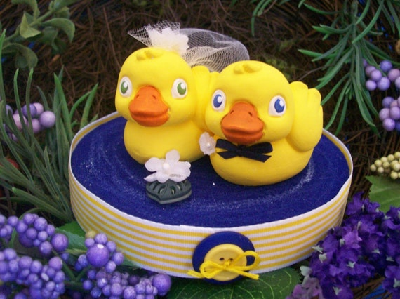 rubber duck wedding cake toppers rubber ducky cake topper 19439