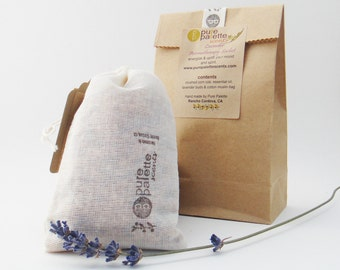 5  Aromatherapy French Lavender Sachets Shabby Chic in Domestic Muslin Cotton Bag and Kraft Gift Bag