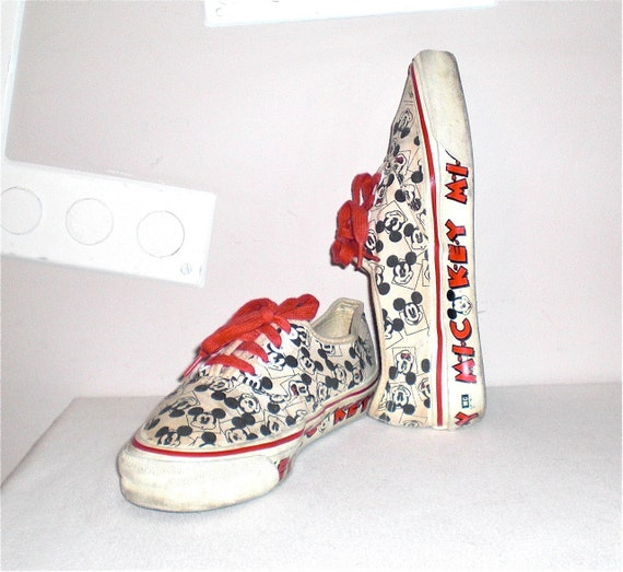 Mickey Mouse 80s Vintage Vans Sneakers Tennis Shoes Punk New