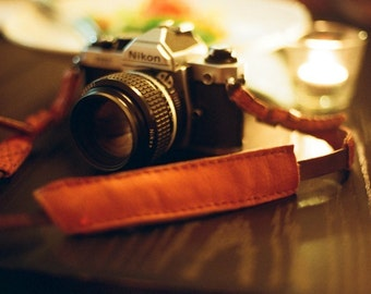 Handmade leather camera strap with brown neck pad (Adjustable length) - made to order
