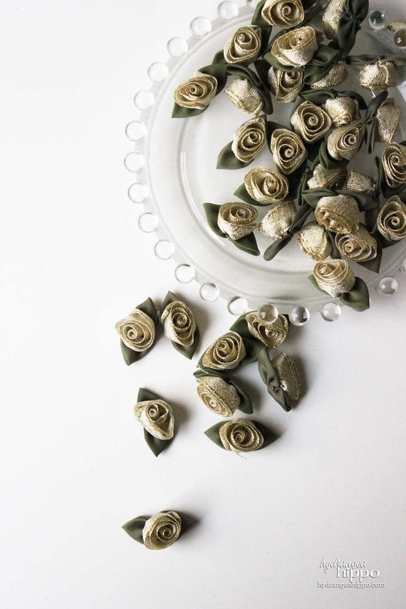 Gold Ribbon Roses - 24 pieces