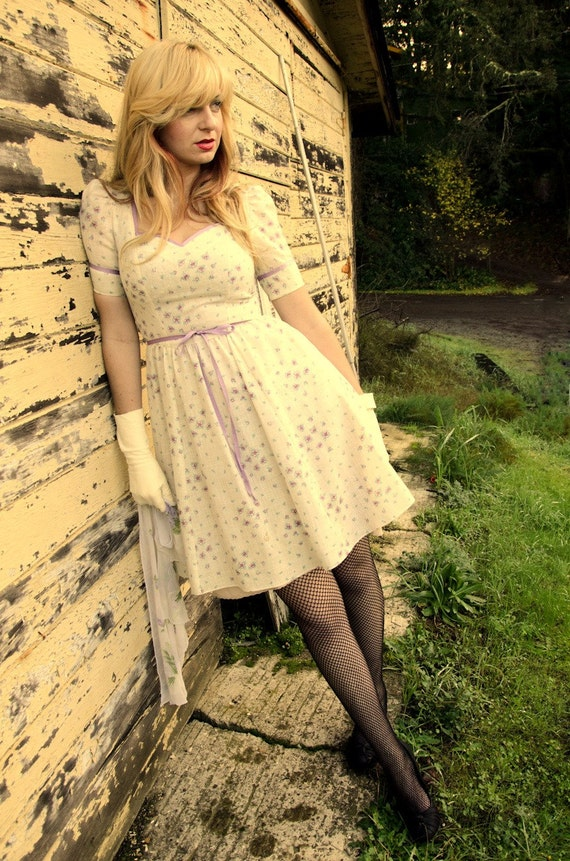 Vintage Style Made to Fit Sweetheart Dress with Ribbon Tie Any Size, Fabric and Length