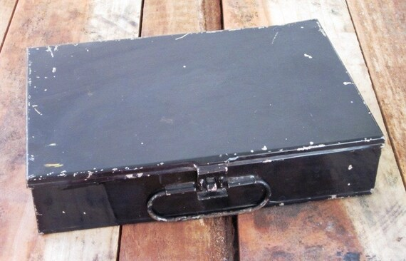 Old Schoolhouse Black Metal Pencil Box