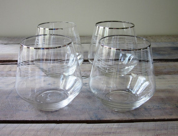 Set of 4 Roly Poly Mid-Century Modern Etched Cocktail Glasses - Very Thin