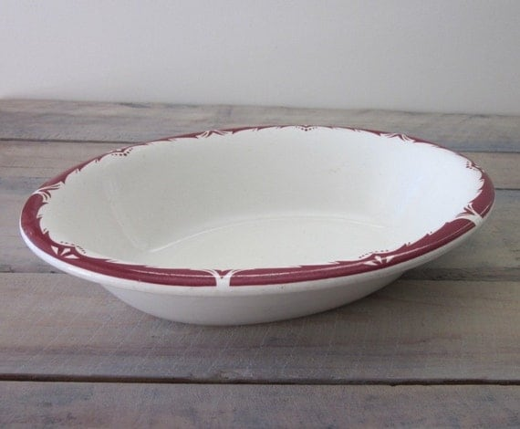 Heavy Restaurant Ware White Oval Serving Bowl with Maroon Trim Grindley