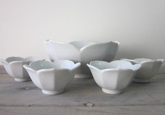 White China Lotus Bowl Set - Serving Bowl and Four Small Bowls