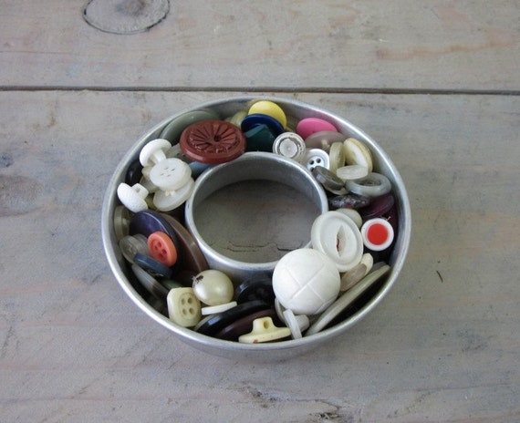 Vintage Buttons in Metal Jello Mold