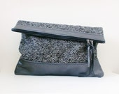S.A.L.E// Tweety collection - LARGE leather pouch in shiny grey blue